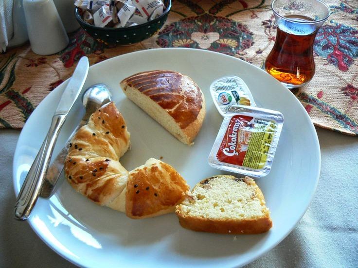 Çay a colazione
