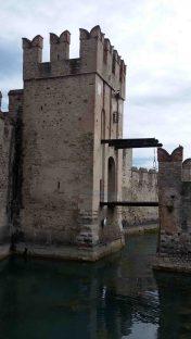 Il ponte levatoio del castello
