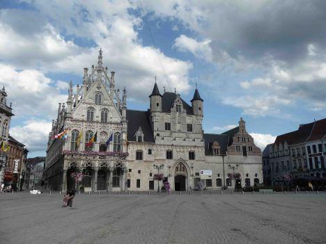 Palazzi sulla Grande Place di Mechelen