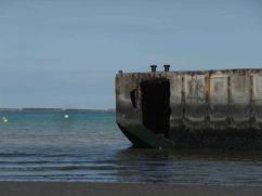 I resti del Mulberry harbour ad Arromanches
