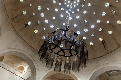 La cupola traforata della sala principale