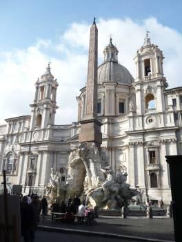 Piazza Navona: la fontana e la chiesa di Sant'Agnese
