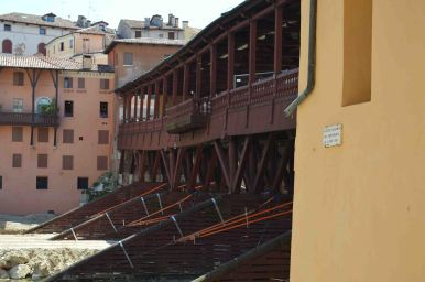 La struttura lignea del ponte